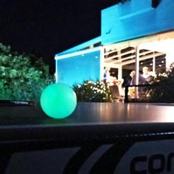 8 balles de ping-pong (fluorescentes)